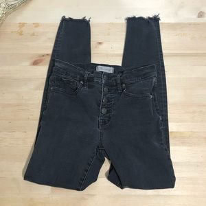 Madewell | Distressed High Rise Skinny Size 26